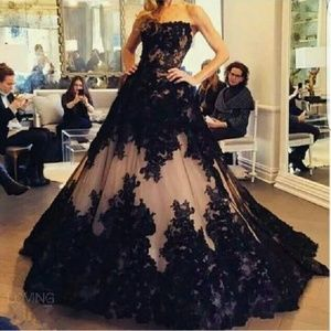 Dresses & Skirts - this is a black and neutral lining wedding gown